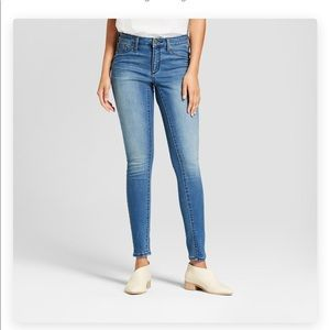 Target Mid-Rise Jeans 👖